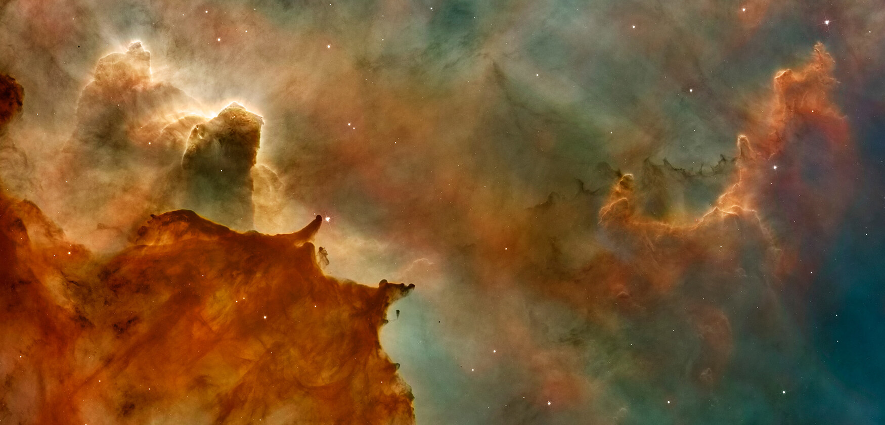 Hubble image of towering hydrogen clouds in the Carina nebula